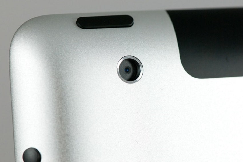Dấu hiệu phải thay camera sau iPad