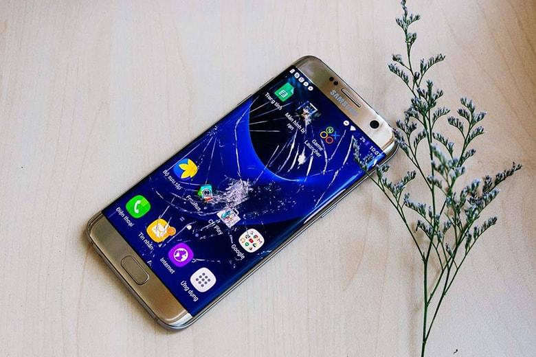 Khi cần thay màn hình Samsung