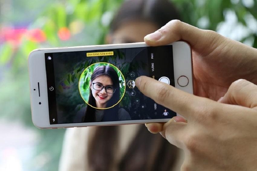 Thay camera sau iPhone cho tốc độ lấy nét nhanh