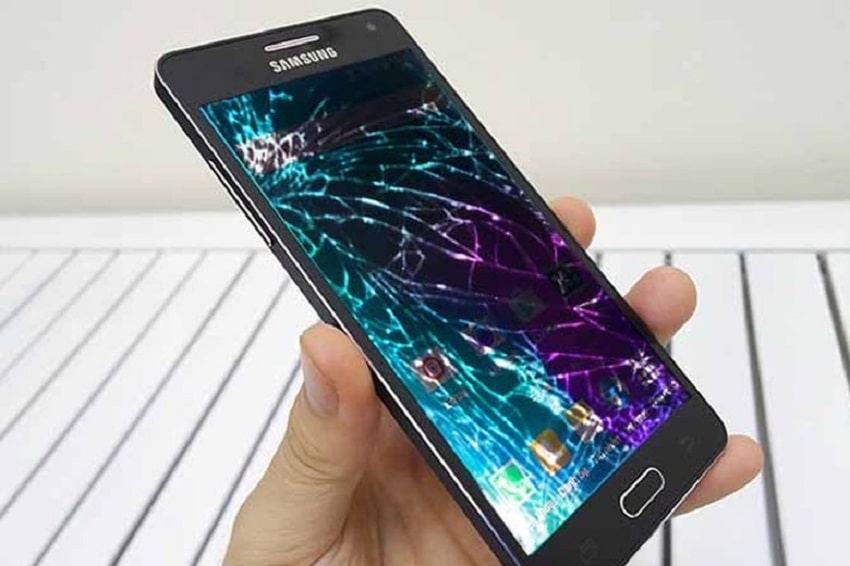 Thay mặt kính Samsung bị vỡ