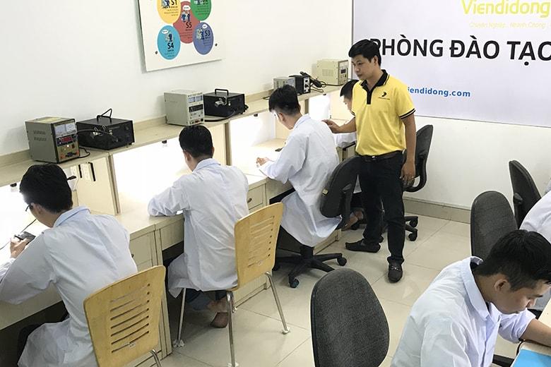 chuong-trinhktv-phan-mem-chuyen-nguyep-viendidong