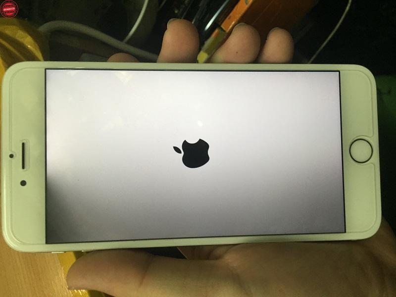 Cách Cứu Chữa Màn Hình iPhone Bị Tối Một Góc 5791e986e0965