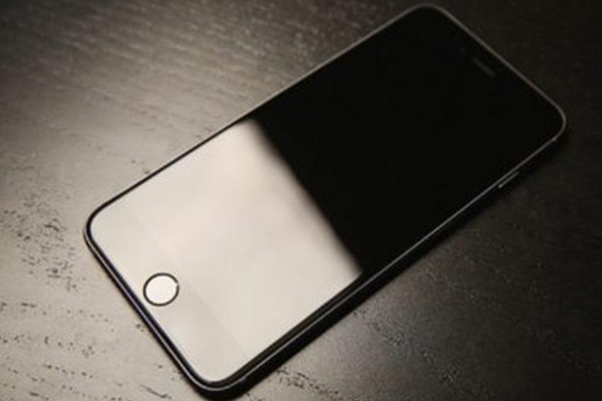 Cách chữa trị iPhone 6 bị rơi không lên màn hình