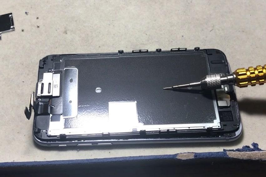 Thay màn hình iPhone 6 zin bóc máy ở đâu uy tín