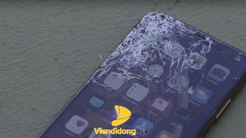 Xử Lý Màn Hình iPhone XS Max Bị Vỡ