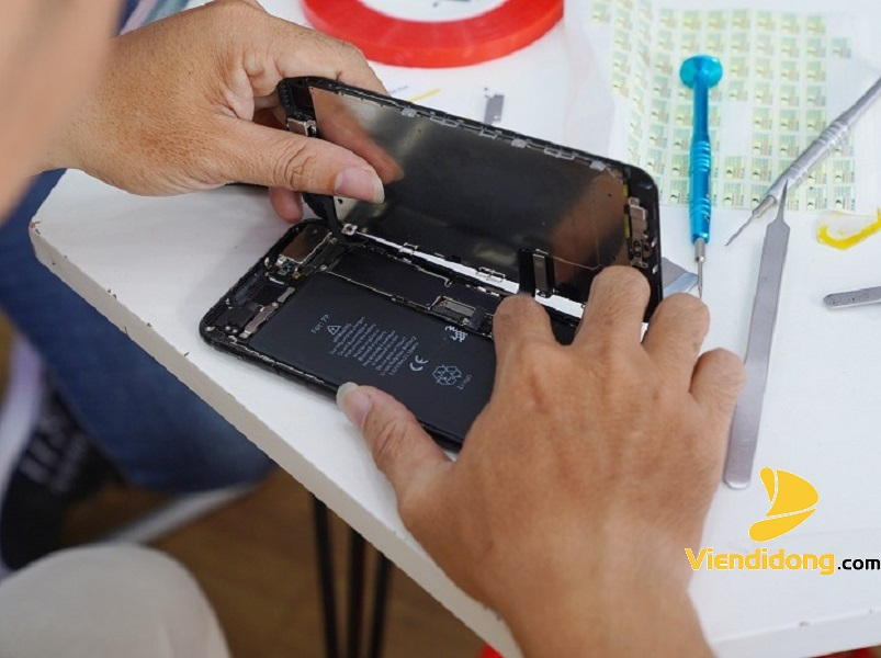 Thay Cảm Ứng iPhone 8