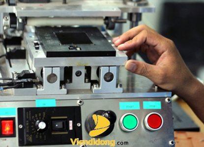 Máy ép kính iPhone chuyên dụng