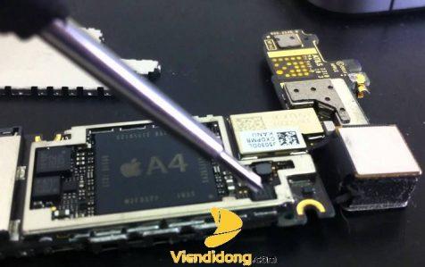 Xử lý lỗi iPhone 5 sạc không vào pin với IC nguồn