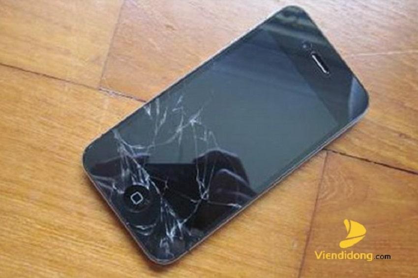 Xử lí màn hình iPhone 4 bị vỡ