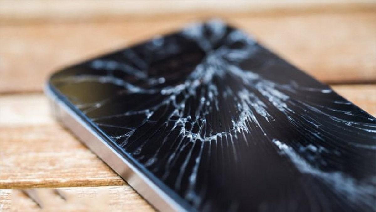 Xử Lý Màn Hình iPhone 5 Bị Vỡ