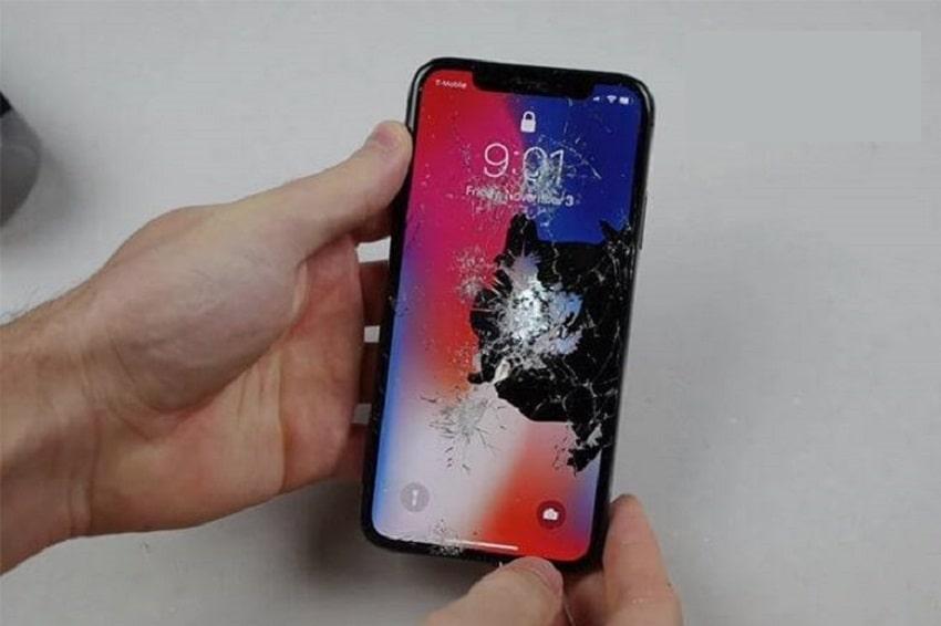 màn hình ịPhone xs bị vỡ