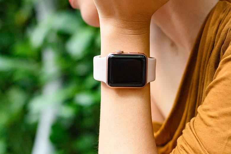 Apple Watch Series 3 38mm cũ có thời lượng pin dài