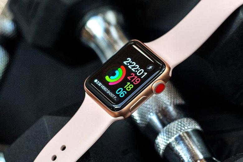 Apple Watch Series 3 GPS & LTE 42mm cũ sở hữu thiết kế sang trọng