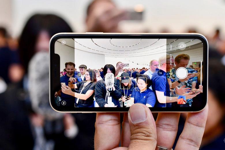 iPhone 11 64GB Chính hãng (2 SIM) camera iphone 11 viendidong