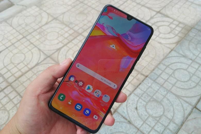 Màn hình Galaxy A70 128GB hiển thị sắc nét