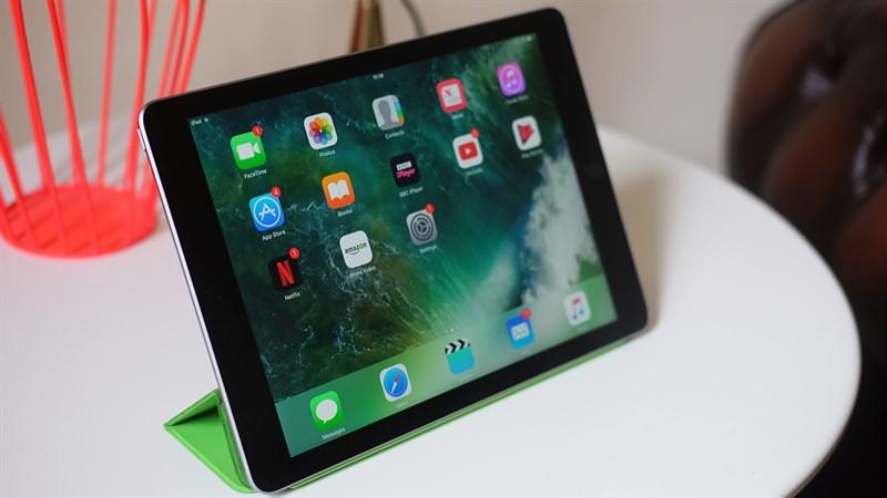iPad 9.7 inch 2017 32GB Wifi & 4G Cũ ipad 2 1280x720 800 resize