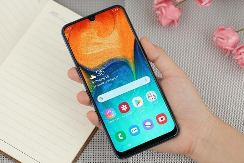 Màn hình Galaxy A30s rộng, hiển thị sắc nét
