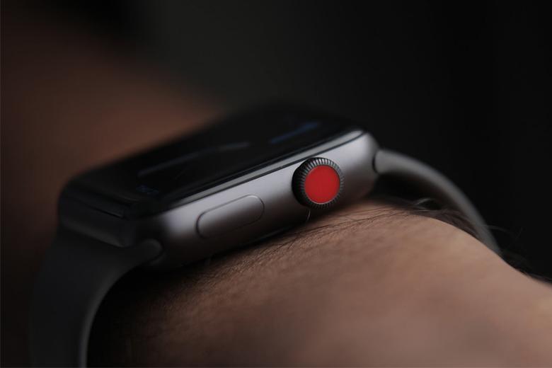 Apple Watch Series 3 GPS & LTE 42mm cũ có cấu hình tốt