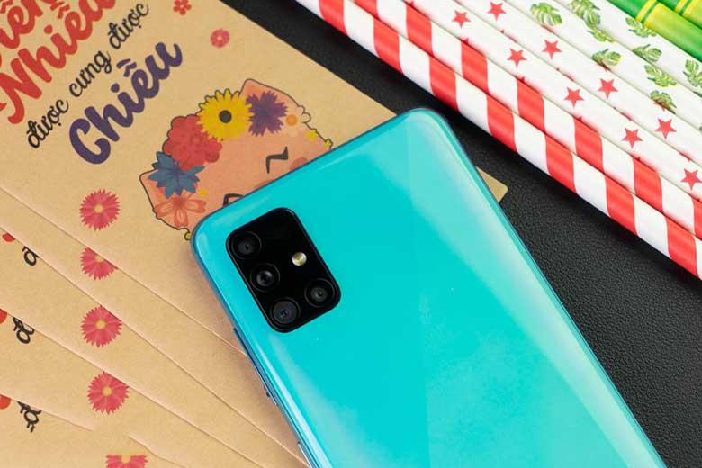 Galaxy A51 có thiết kế vượt xa phân khúc