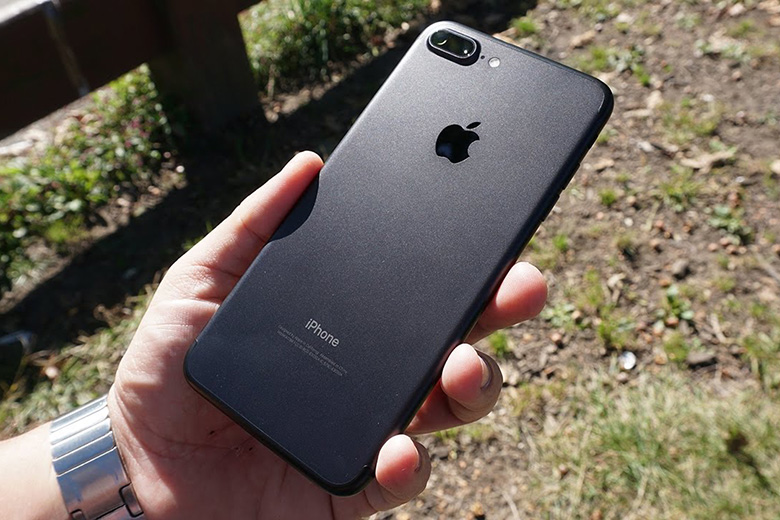thiet-ke-iphone-7-plus-128gb-ll-a-quoc-te-like-new-viendidong