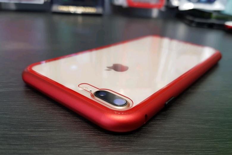 Ốp lưng JRIS sẽ tôn lên vẻ đẹp của chiếc iPhone