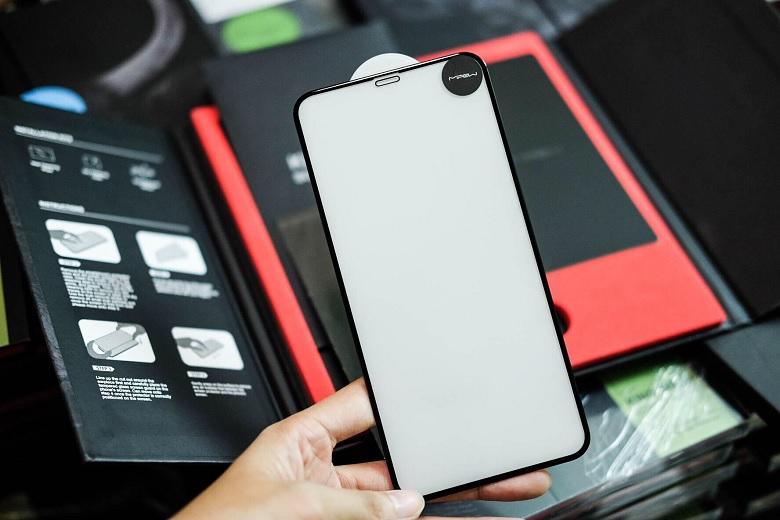 Kính cường lựciPhone 11 Pro Mipow Kingbull HD hoàn hảo