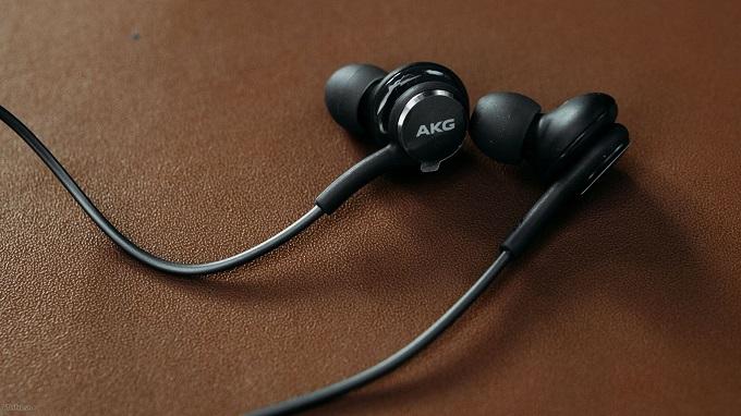 Tai nghe AKG Samsung Galaxy S8 | S8 Plus tai nghe akg galaxy s8 viendidong