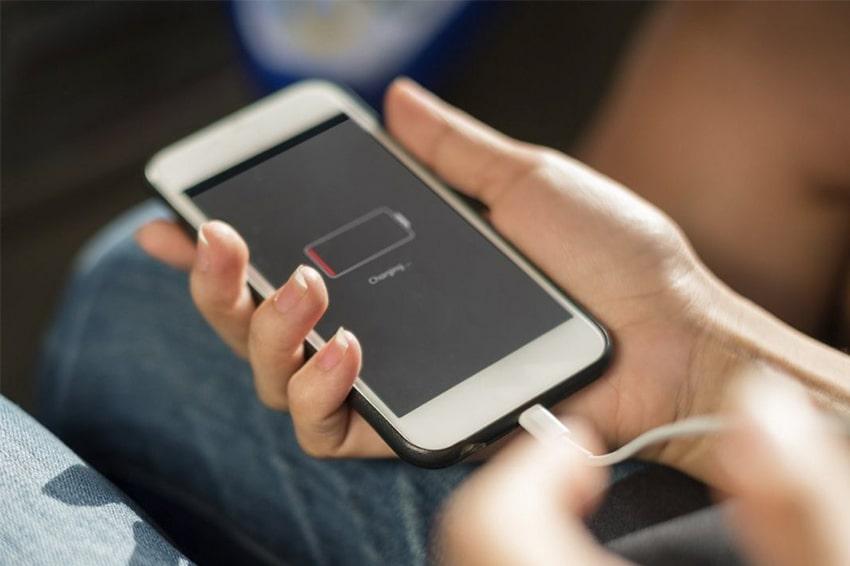 Nên làm gì khi iPhone/ iPad bị tắt nguồn liên tục? Đây là cách khắc phục