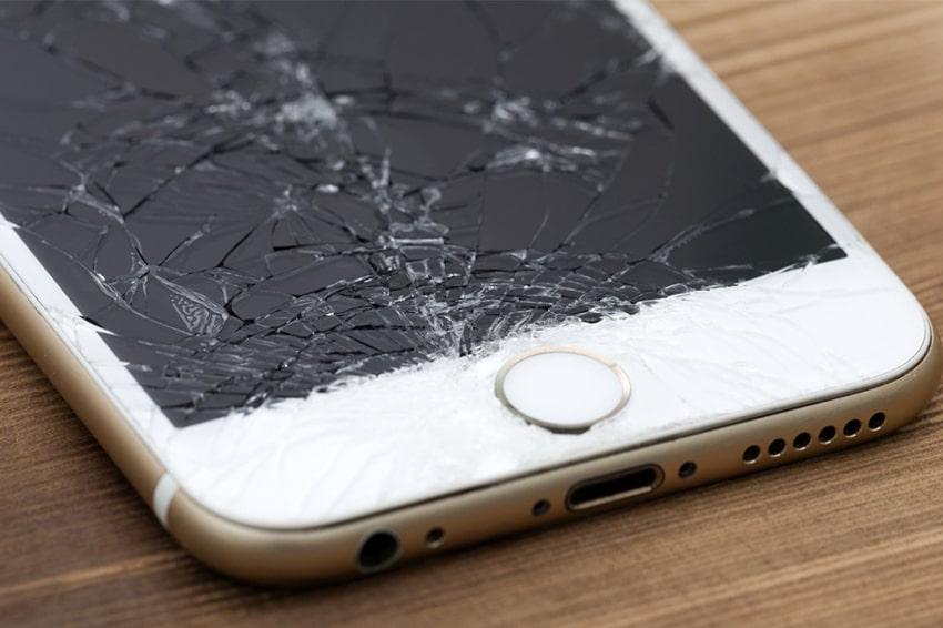Làm rơi điện thoại cũng là nguyên nhân khiến cho camera bị tổn thương