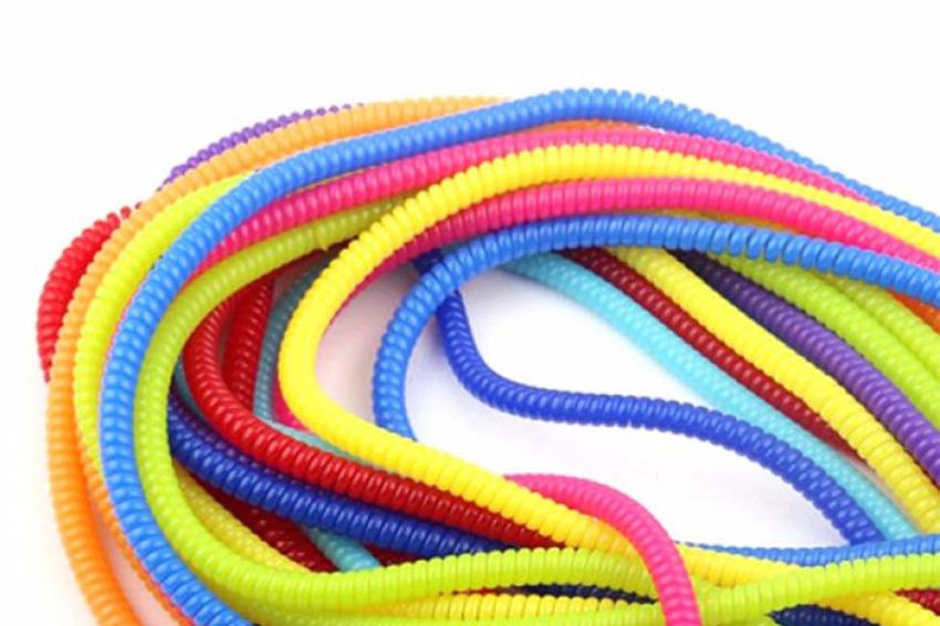Phương pháp bảo quản dây sạc điện thoại bằng dây nhựa tổng hợp được nhiều bạn trẻ sử dụng