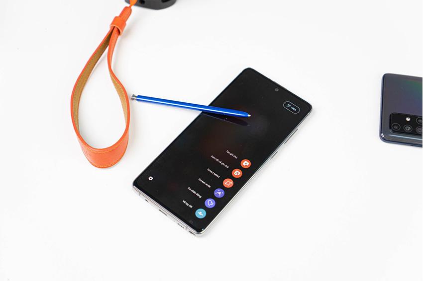 Note 10 Lite đầy quyền lực là đối thủ đáng gờm của SE 2020