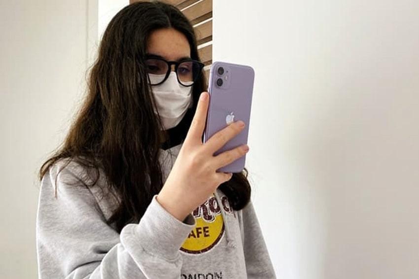 Mở khoá Face ID gặp nhiều rắc rối khi mang khẩu trang