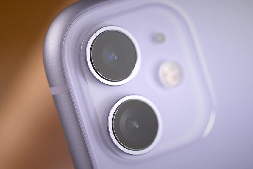 Giống với iPhone 11 iPhone 12 mini cũng có bộ đôi camera