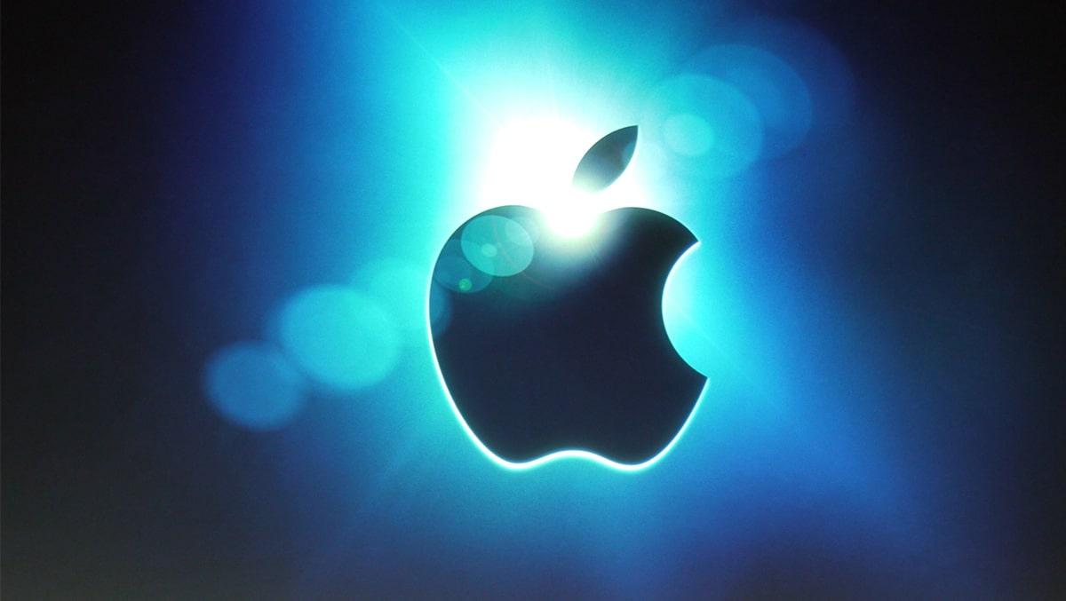 """Apple """"quật ngã"""" các đối thủ sừng sỏ ngay trên sân nhà"""