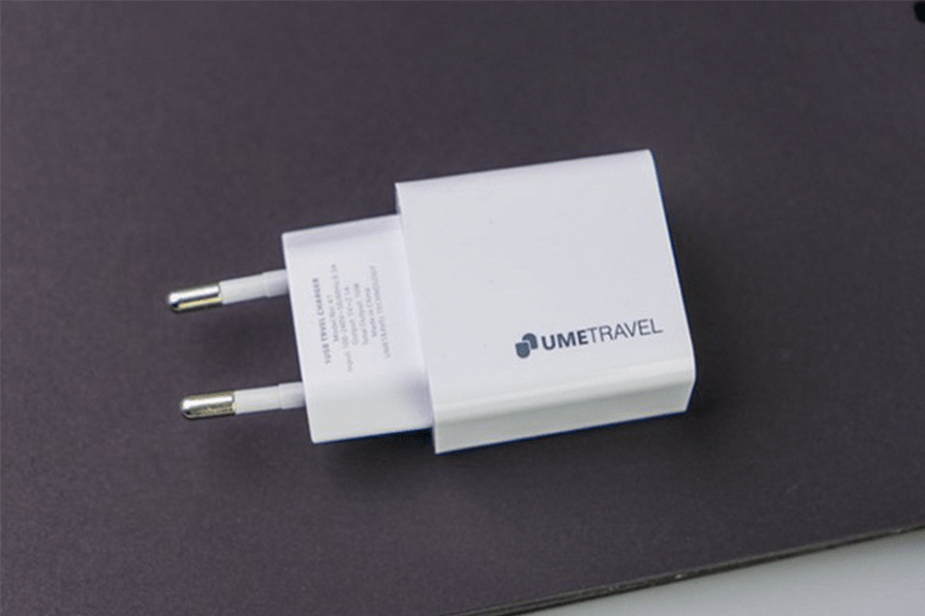 Adapter sạc USB 2.1A Umetravel A1