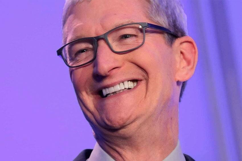 Tim Cook hết lời khen ngợi iPhone SE 2020