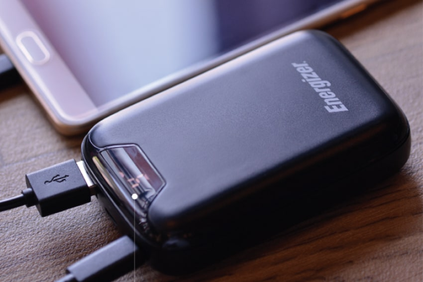 Pin sạc dự phòng Energizer 10000mAh - UE10042 tinh nang pin sac du phong energizer 10000 mah viendidong