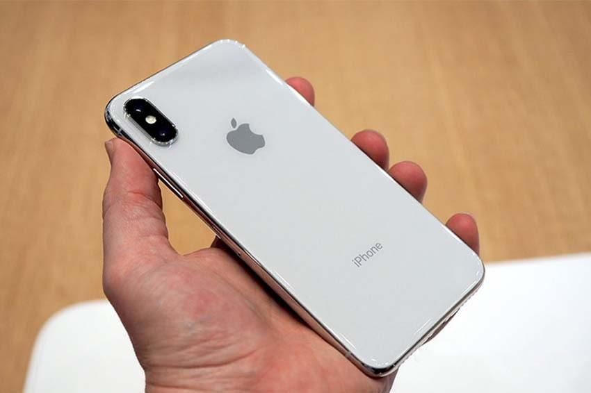 Chỉ vài cú chạm nhẹ vào mặt lưng sẽ thấy điều kỳ diệu với iOS 14