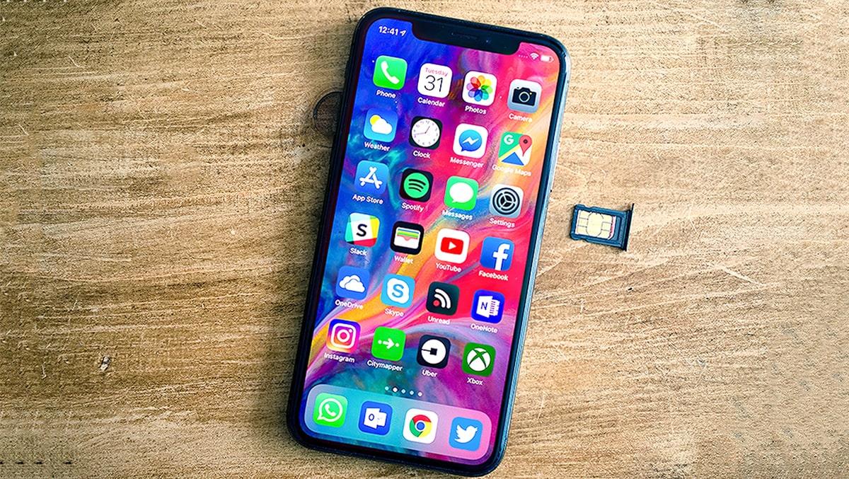 """Vạch mặt iPhone xách tay """"biến hình"""" thành iPhone chính hãng"""