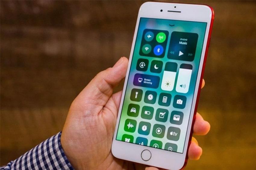 iOS 13 có thể lên iOS 14 từ các đời điện thoại nào? van co the keo dai tuoi tho iphone bang viec len ios viendidong