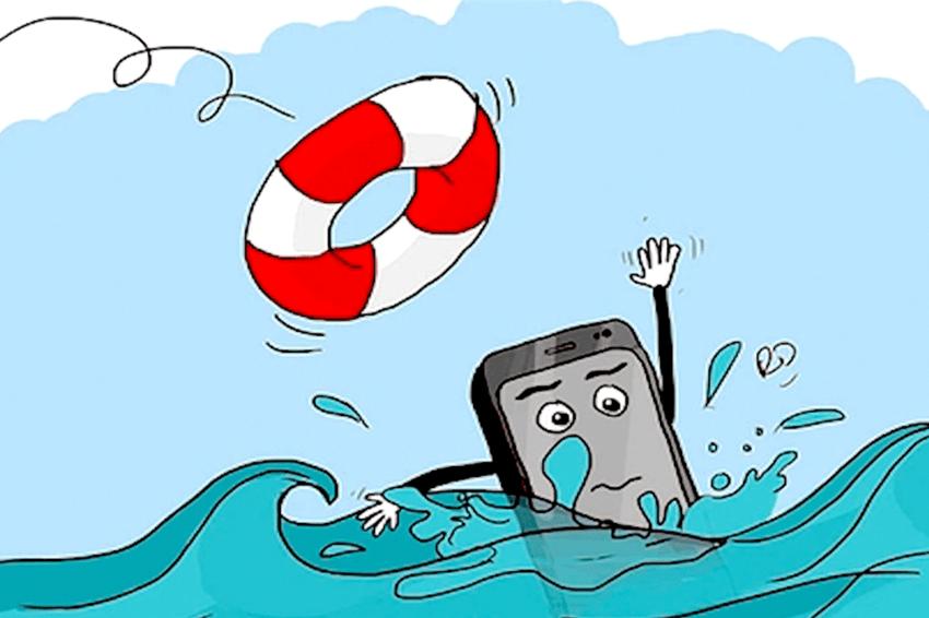 Chương trình đặc biệt hỗ trợ khách hàng trong mùa mưa: Sấy khô điện thoại MIỄN PHÍ khi vào nước