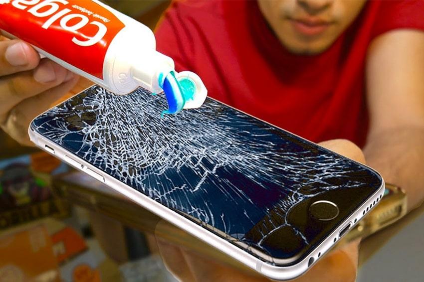 Cách làm mờ vết xước trên màn hình điện thoại iPhone ngay tại nhà cực hiệu quả