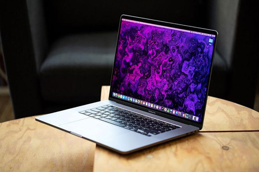 Macbook Pro mới tiết lộ được trang bị TouchBar, ARM và FaceID