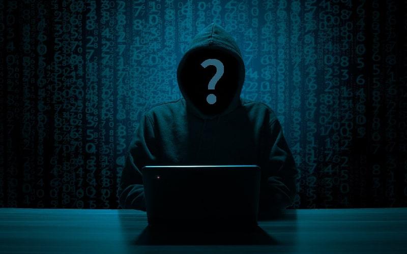 Hacker xâm nhập vào hệ thống Intel
